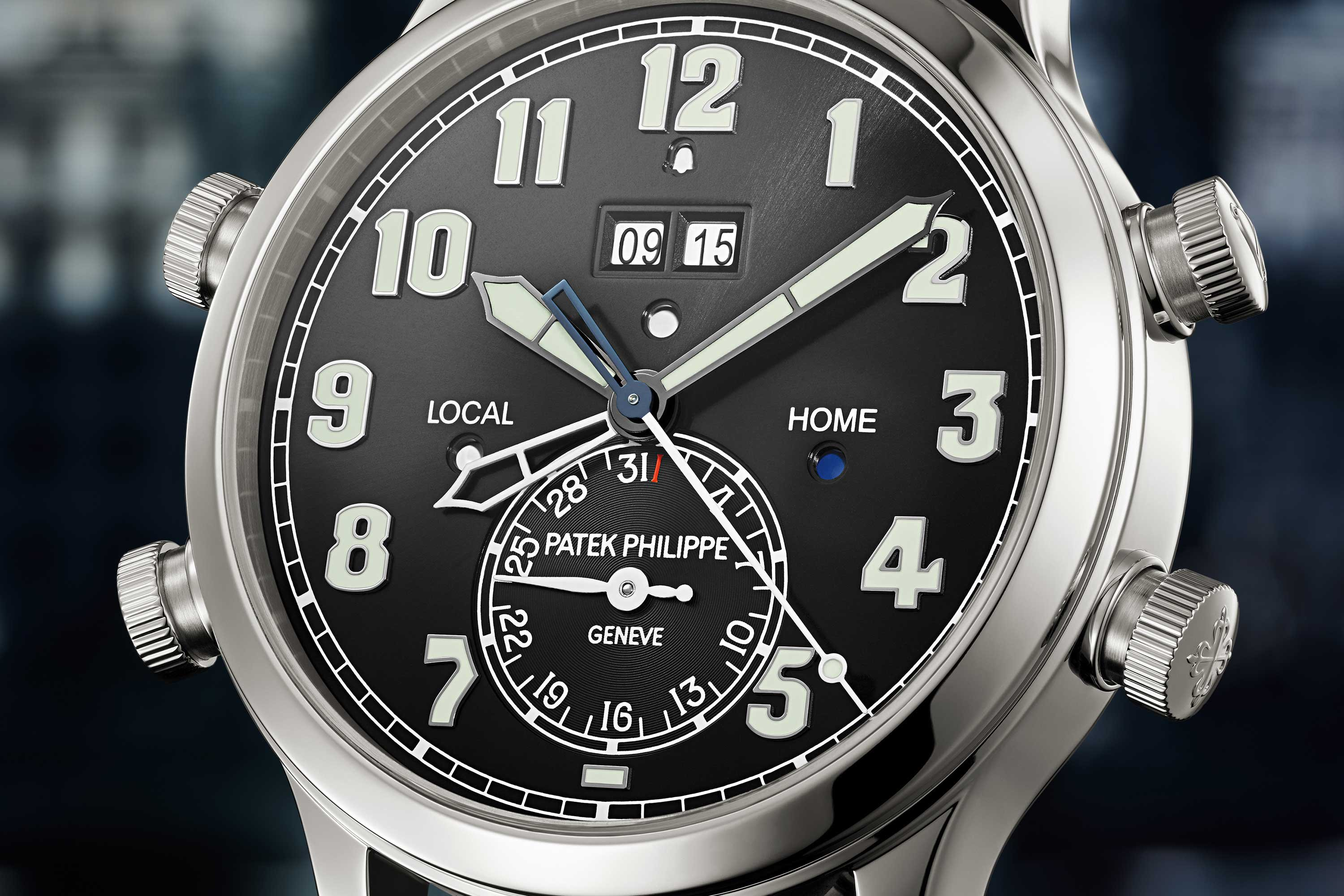 SOUND THE ALARM: INTRODUCING THE NEW PATEK PHILIPPE 5520P